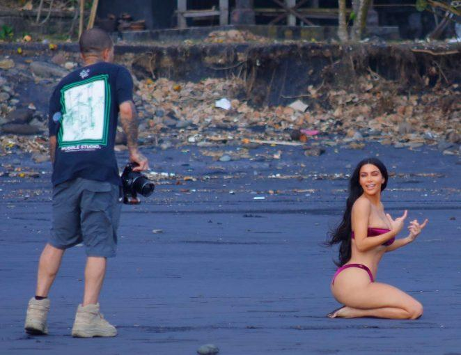 Kim Kardashian Photoshoot di Bali