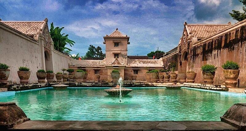 Jogja Itu Kota Wisata Paling Memikat Hati di Indonesia, Percaya Nggak?