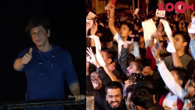 Shah Rukh Khan Ulang Tahun, Ribuan Fans Tunggu di Depan Rumahnya