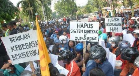UMP DKI ditetapkan Rp 3,94 juta, Presiden KSPI minta Rp 4,2 juta