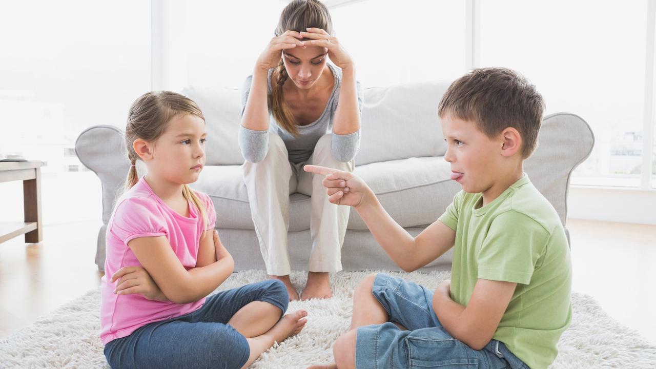 Anakmu Suka Bertengkar? Jangan Panik Dulu, Ada Manfaat Tersembunyi Dibaliknya Loh