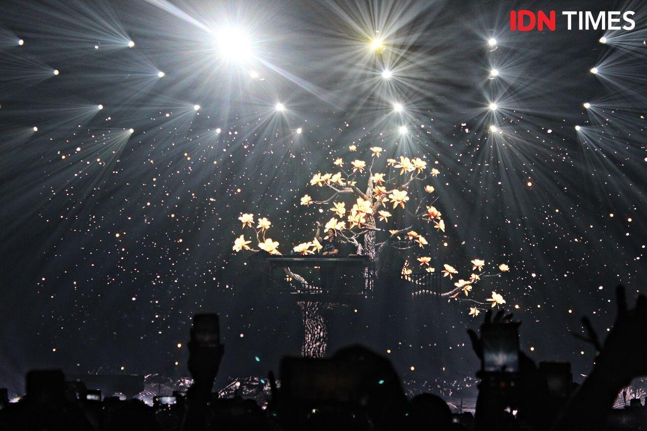 Visual Panggung Super Keren, 10 Keseruan Konser Kygo di Jakarta