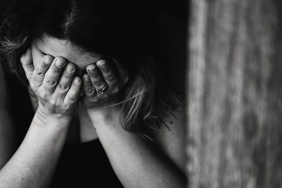 Bujuk Istri Bunuh Diri, Seorang Lelaki Diancam Penjara 10 Tahun