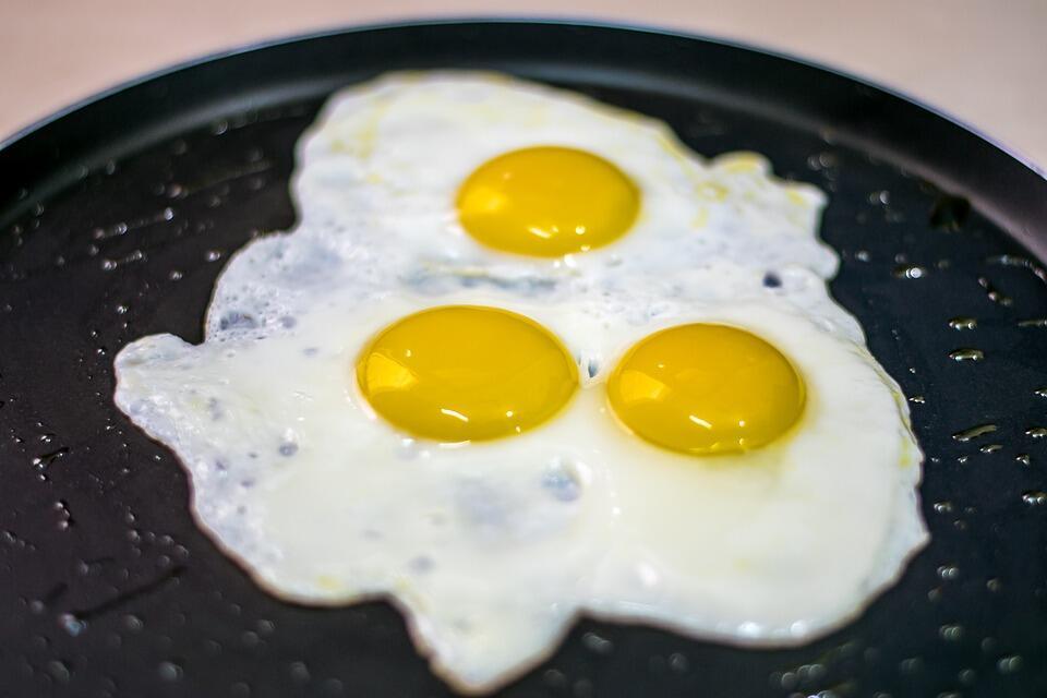 Awas, Ternyata 8 Makanan Ini Bikin Mulut Kamu Bau Lho!
