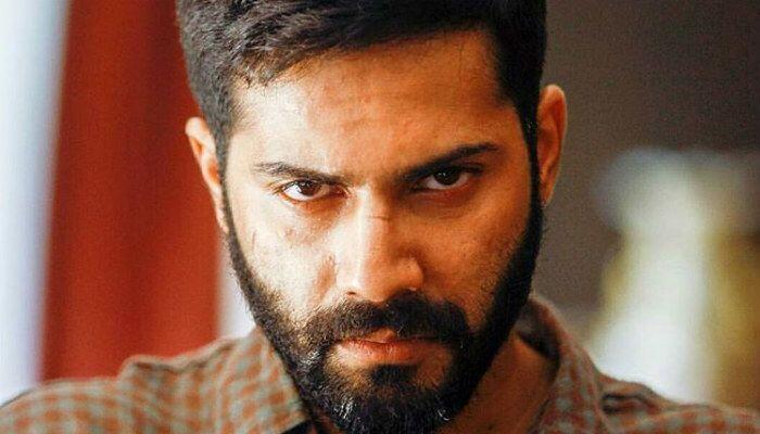 12 Potret Tampan Aktor Bollywood Varun Dhawan, Bikin Gemas!