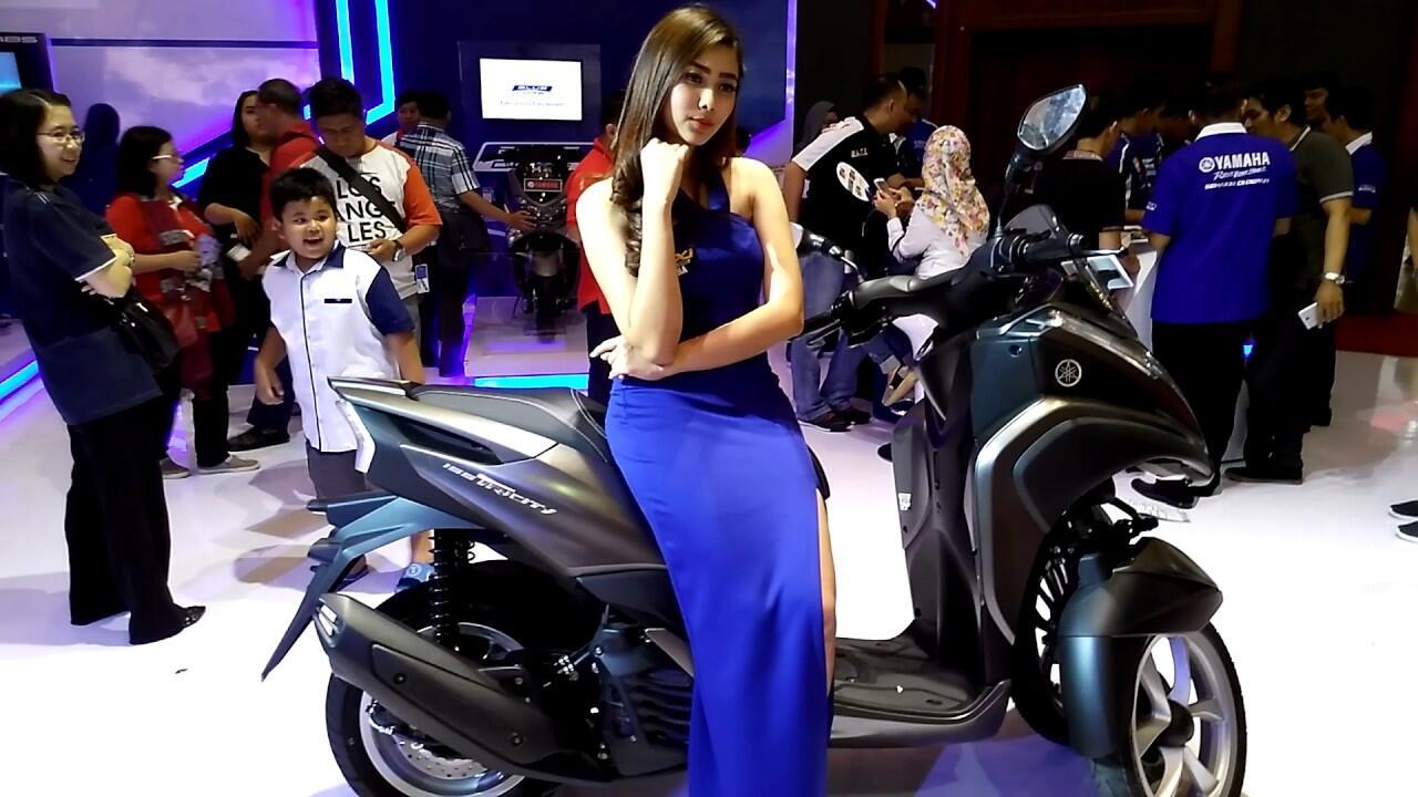 Neng Niken dari Yamaha Emang Bahenol