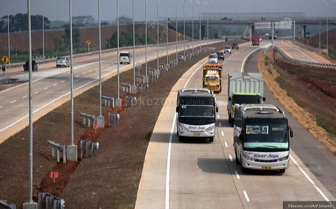 Mengapa Di Indonesia Motor Dilarang Masuk Ke Jalan Tol?