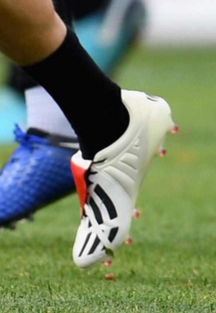 Ragam Sepatu Bola di Berbagai Liga Minggu Ini