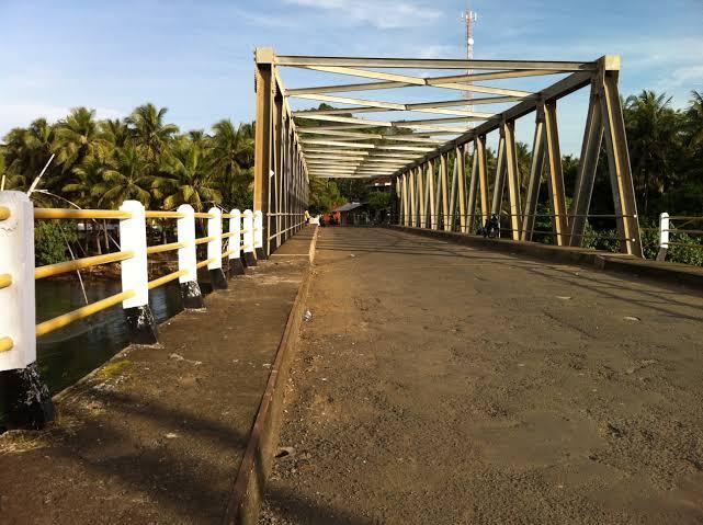 Satu Jembatan Ambruk Dan Tiga Wilayah Di Tasikmalaya Terendam Banjir