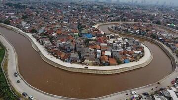 JokowiSharePenampakan Sungai Ciliwung Terbaru