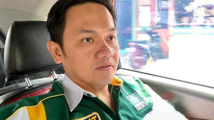 Farhat Abbas Ajak Dukung Bupati Boyolali Yang Membela Warga Dari Hinaan Prabowo