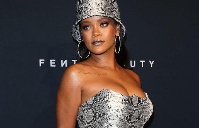 Lagunya Dipake Donald Trump, Rihanna Ngamuk