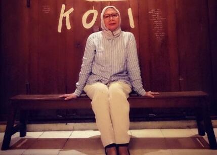 Atiqah Hasiholan Akhirnya Ngomong Tentang Kondisi Ratna Sarumpaet yang Depresi di Bui
