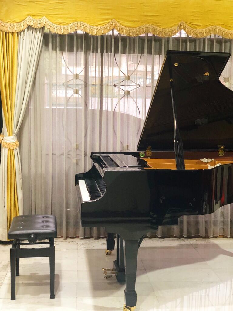 Les Piano Privat di Sunter / Private Piano Lesson at Sunter