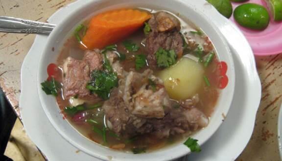 Sup-Sup Khas Indonesia yang Bikin Hangat