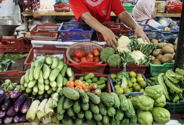 Harga makanan dan minuman akan naik meski konsumsi lesu