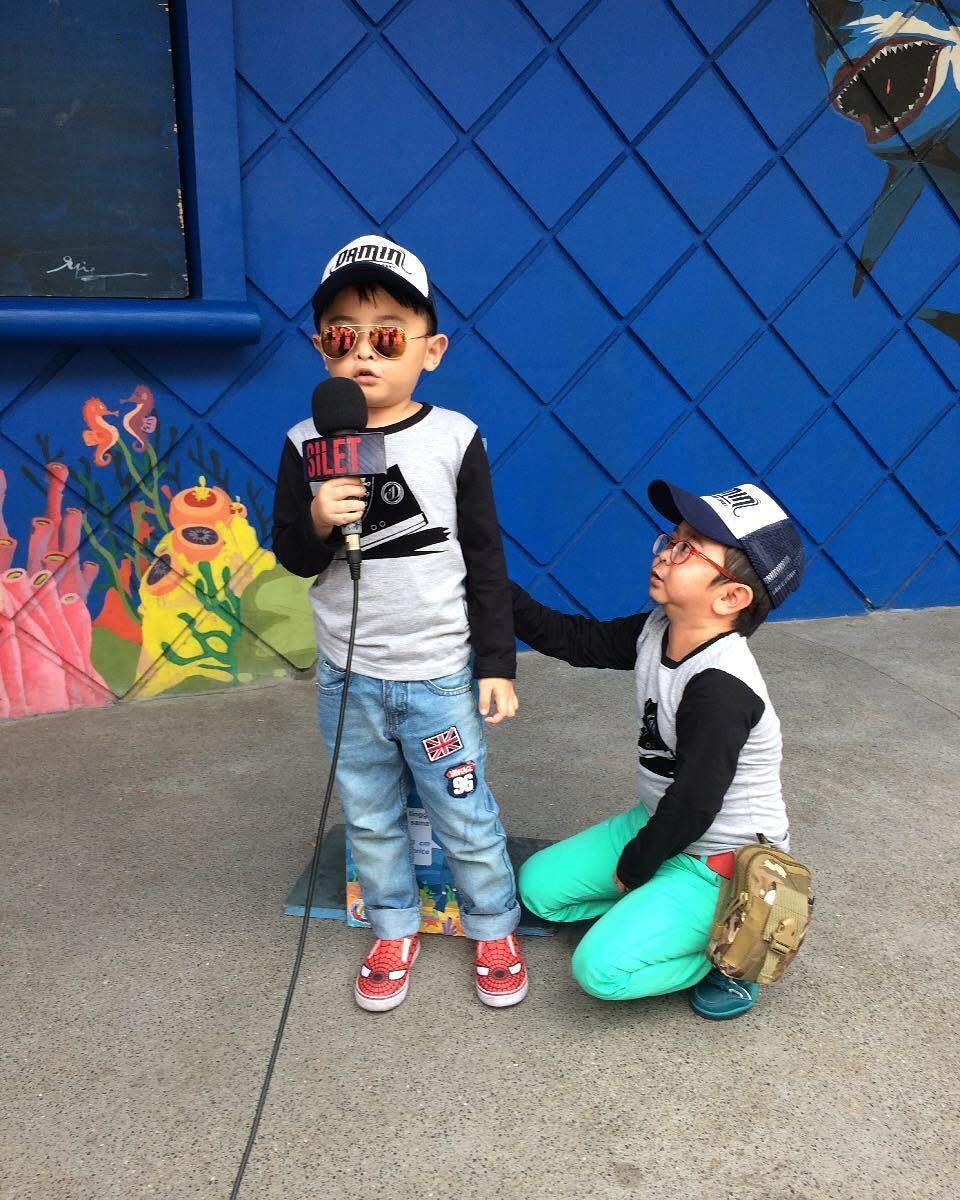 10 Potret Kedekatan Daus Mini & Putranya Ical, Cute Abis