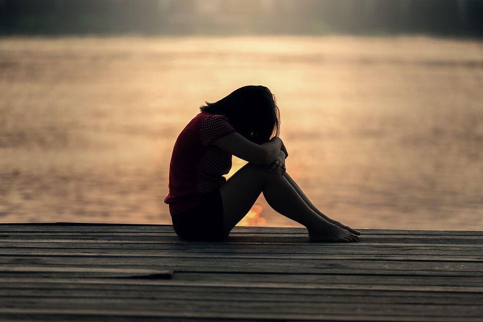 Merasa Sedih itu Baik, Kamu Tidak Perlu Menghindarinya