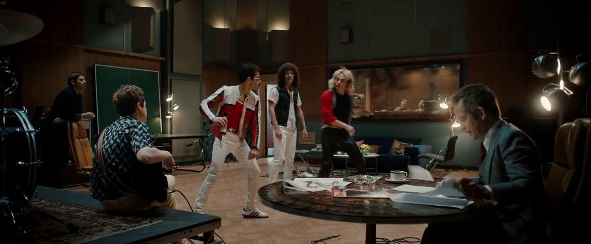 6 Friendship Goals ala Queen di Film Bohemian Rhapsody yang Legendaris