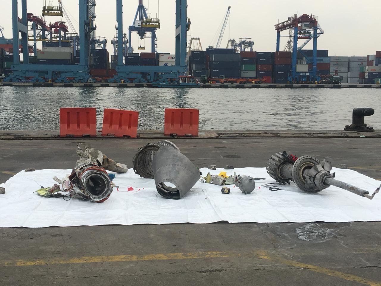 Turbin Pesawat Lion Air Berhasil Diangkat Tim SAR Gabungan