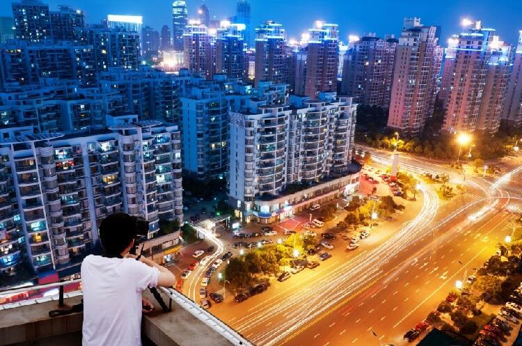 Night Photography: Cara Unik Menikmati Gemerlap Kota Dimalam Hari