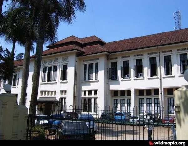 4 Sekolah Paling Horor Yang Ada di Indonesia