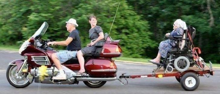 Kalau Transportasi Unik Ini Ada, Kamu Mau Naik ?