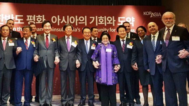 Megawati Ajak Negara Asia Dorong Perdamaian Korea Utara-Korea Selatan