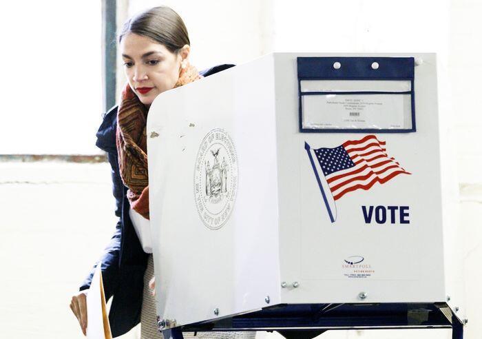 Mencuatnya kekuatan perempuan dalam Pemilu Sela AS