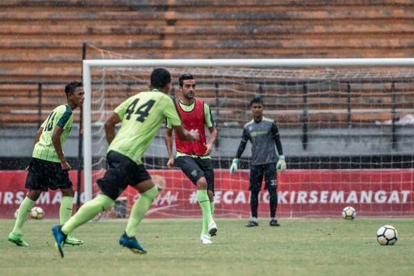 Kabar Baik, David da Silva Sudah Mulai Berlatih dengan Persebaya