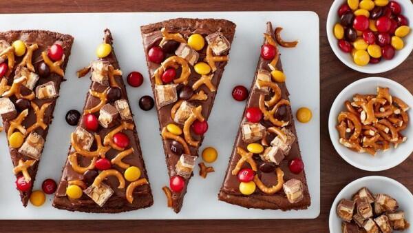 Resep Mudah Pizza Brownies Aneka Topping, Asyik buat Nongkrong Ramean
