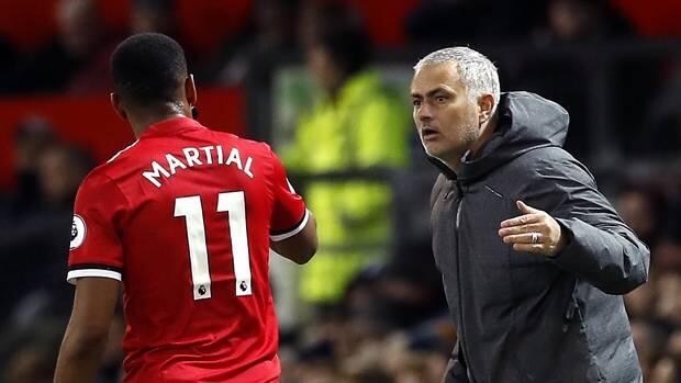 Pemain MU Dianggap Tak Berguna Ternyata Disayang Mourinho