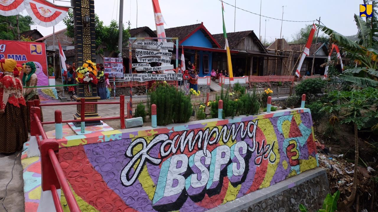 153 Rumah Rampung Diperbaiki, PUPR Resmikan Kampung BSPS di Jombang