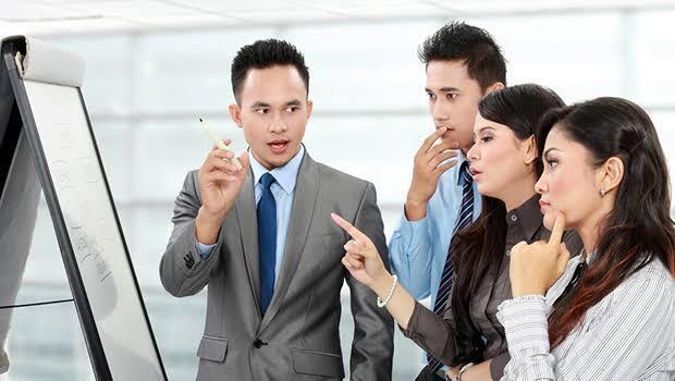 4 Dosa Yang Sering Di Lakukan Karyawan