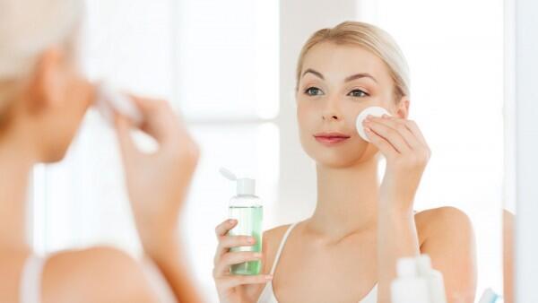 5 Alasan Kenapa Toner Harus Masuk dalam Rutinitas Kecantikanmu