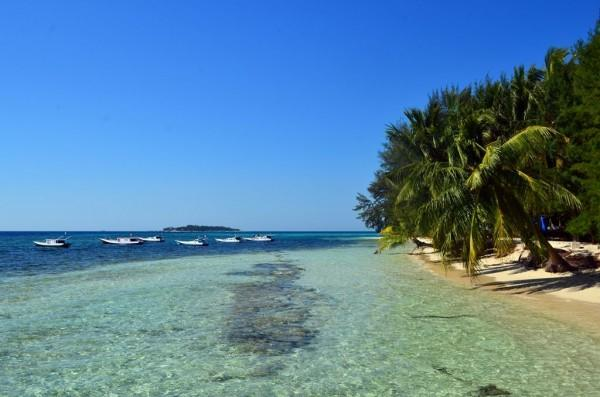 Mengintip Eksotisme 5 Pulau di Sulawesi Selatan, Cantik Banget!