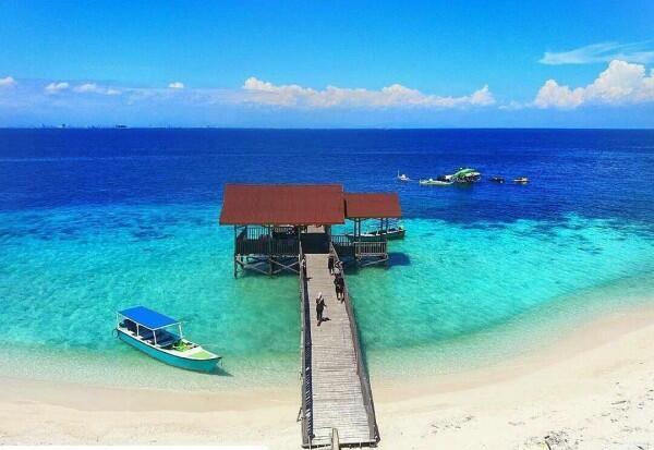 Bukan Maldives, 7 Pantai Indah Ini Bisa Kamu Temui di Sulawesi Selatan