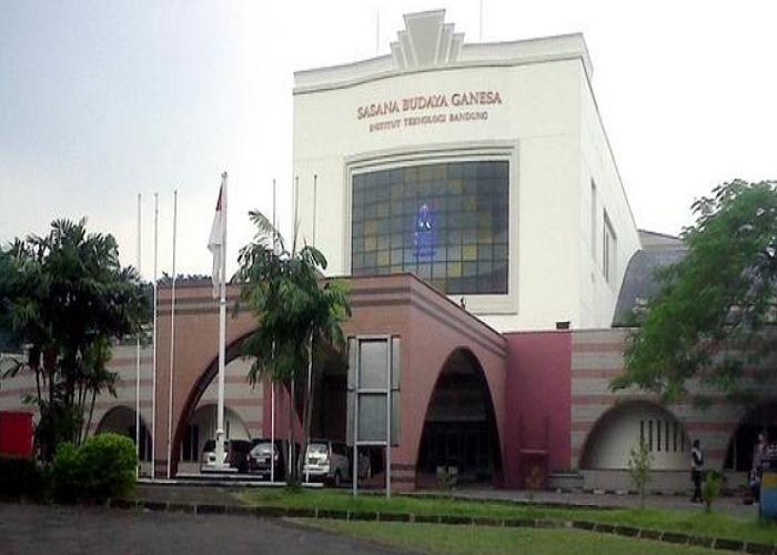 Pubstomb Kuy! Di Sabuga ITB Bandung Bareng Prabu Linggabumi!