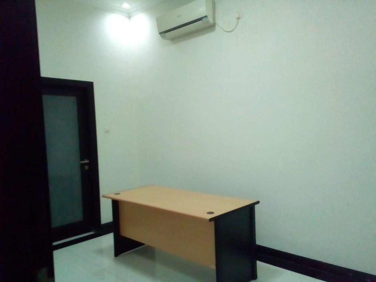 Disewakan ruang kantor murah surabaya utara