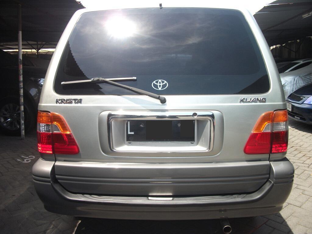 Kijang Krista EFI Manual 2004 Silver Istimewa Surabaya