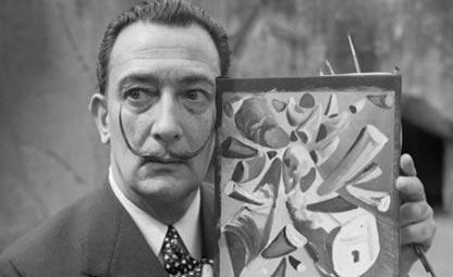 Akibat Selfie Konyol, Lukisan Karya Salvador Dali and Francisco Goya Rusak Parah!