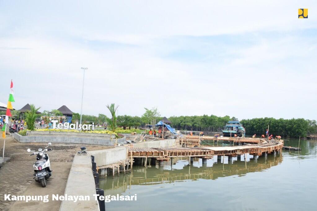 Menengok Sentuhan Infrastruktur PUPR di Kampung Nelayan Tegalsari