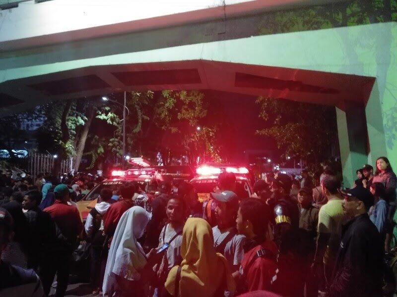 Kesaksian Korban Selamat Tragedi Maut Surabaya Membara