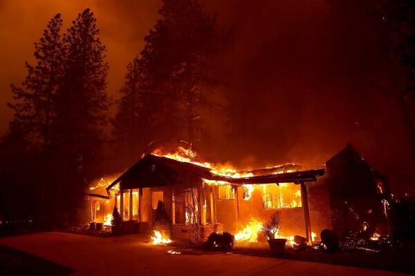 Kebakaran Hutan Besar di California, 9 Orang Dilaporkan Tewas