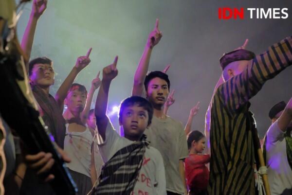 17 Potret Seru Drama Kolosal Surabaya Membara, Haru & Bikin Merinding