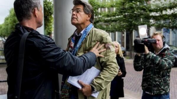 Demi Teman Kencan, Kakek 69 Tahun Ini Tuntut Pengadilan Ubah Usianya
