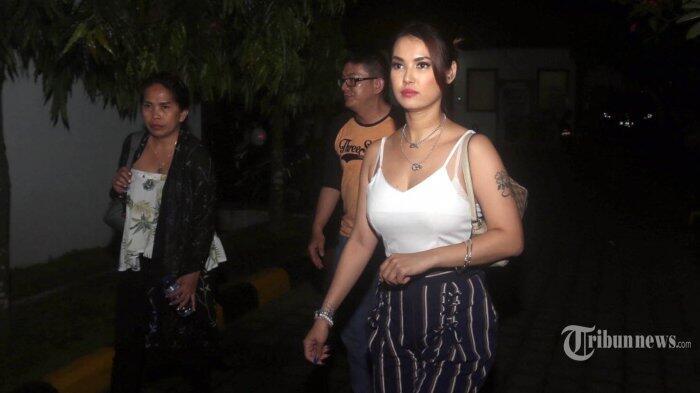 Fakta- Fakta Menarik Dibalik Pemeriksaan Maria Ozawa Oleh Pihak Imigrasi Bali