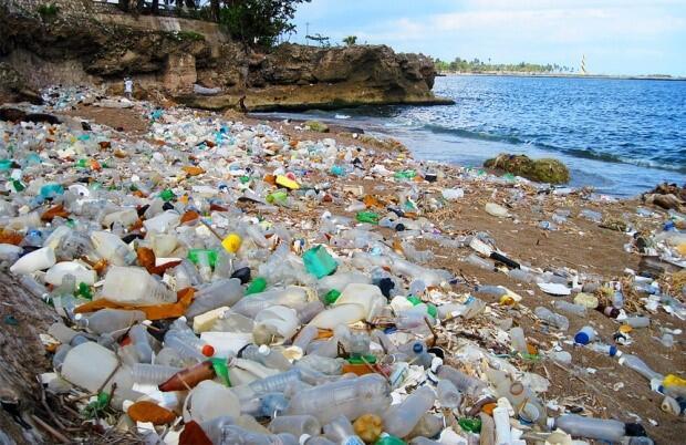 Wah, Ternyata Sampah Plastik Bahanya Serem Gan. Mending Agan Baca Dulu Deh!
