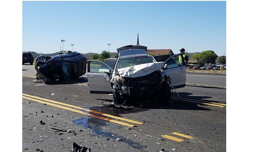 Kecelakaan di Tol, Ingat yang Wajib Dilakukan Berikut Ini!