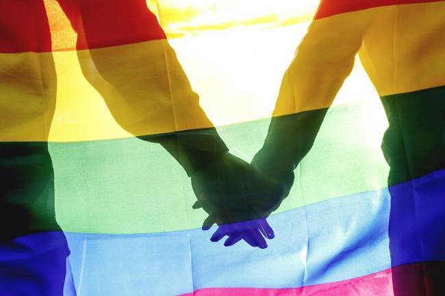 Geger Pernikahan LGBT Minta Legalitas ke PN Surabaya